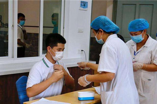 武汉中考7.2万名考生7月6日起连续14天监测体温