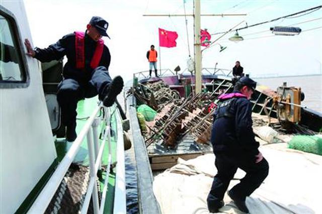 鄂州警方严厉打击非法捕捞 已依法处理30余人