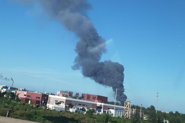 湖北仙桃一化工企业发生闪爆事故 已致4人失联5人受伤