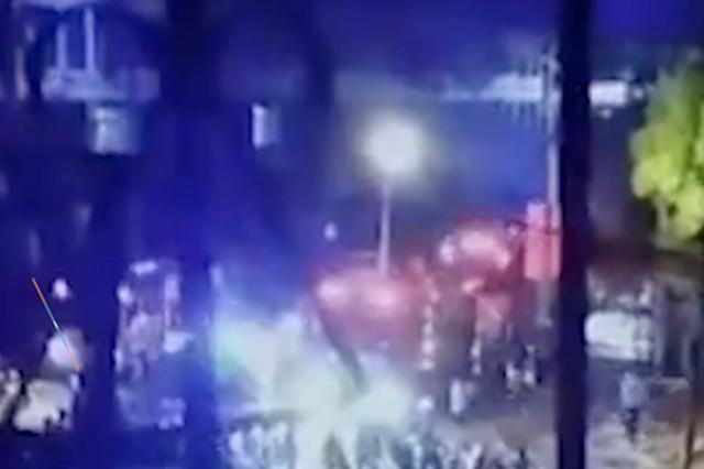 湖北云梦县一门店发生火灾 致4人死亡