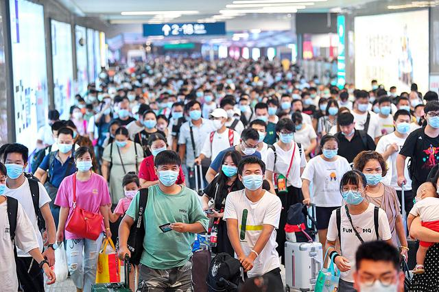 武汉百万大学生陆续返校