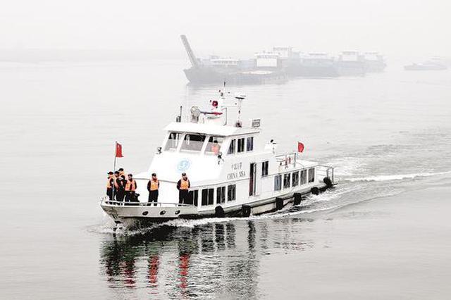 """湖北公安机关向非法捕捞""""亮剑"""" 还鱼儿一个安宁家园"""