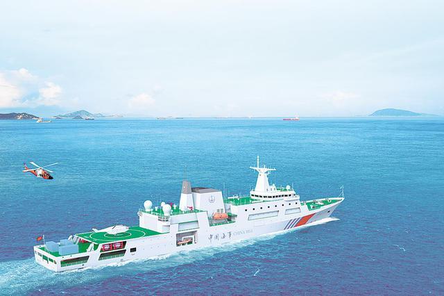 在鄂科研单位设计 我国首艘万吨级海巡船顺利下水
