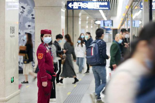 武汉地铁2、4号线周末提升运力 8号线增加运力