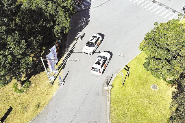 各项测试进入加速期 自动驾驶汽车要上路了