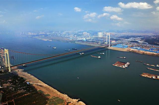 多花1亿给中华鲟让道 伍家岗长江大桥一跨千米过江