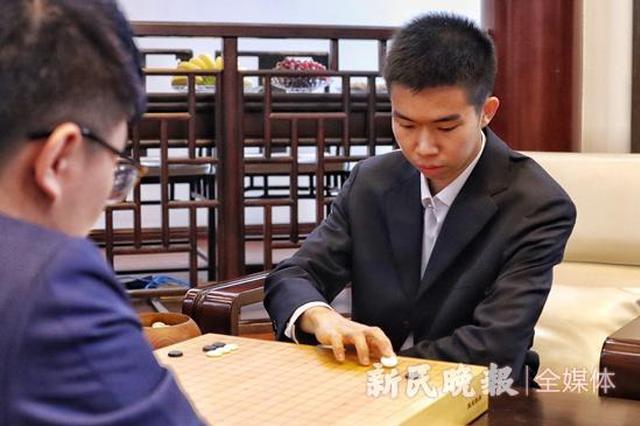 决战逆转 湖北籍棋手辜梓豪成为中国围棋第十位天元