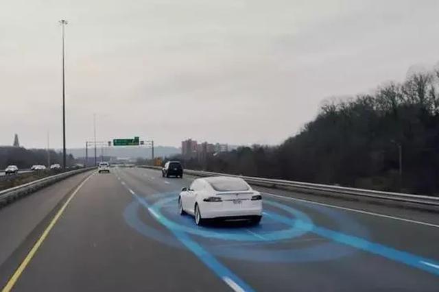 武汉建成中国首个全5G接入开放道路自动驾驶示范区