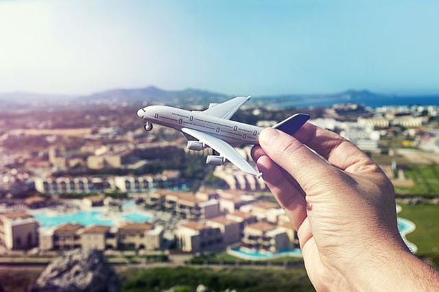 暑期档出行高峰将至 机票均价已超2019年同期水平