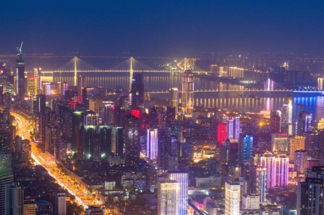 """武汉绘制""""一主引领""""路线图 到2035年国家中心城市全面建成"""