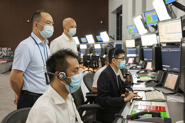 民航湖北空管武汉终端管制中心正式投入使用