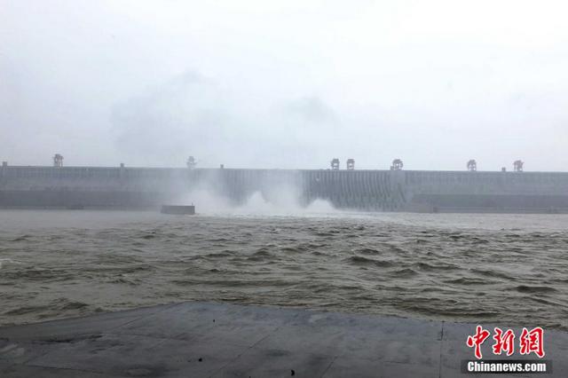 1号洪水平稳通过 长江水旱灾害应急响应调至Ⅳ级