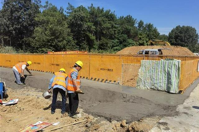 工期压缩半年 打造样板工程——荆荆铁路力争三年建成