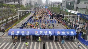 2019武汉马拉松成功举办
