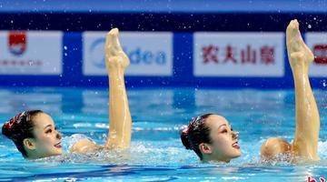 水中芭蕾在武汉激情绽放