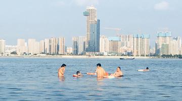 汉口江滩公园恢复开放