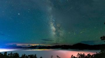 湖北保康云海星辰如梦如幻