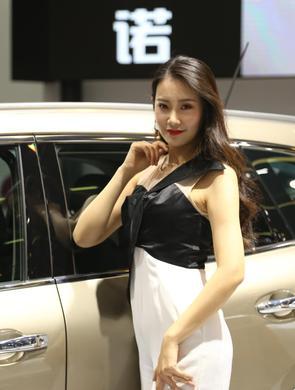 2018武汉国际车展昨日开幕