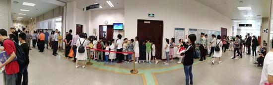 湖北省少年儿童图书馆