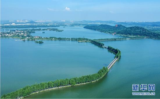 图为武汉市建成的东湖绿道。新华网发