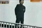 日本屋顶告白:弟弟在全校面前公开了姐姐的秘密