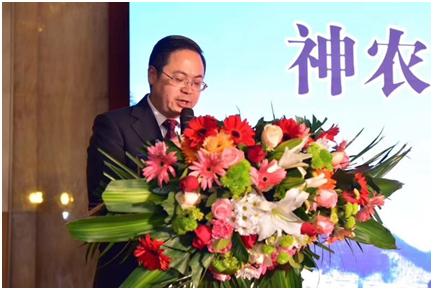 神农架旅游委主任冯威推介神农架滑雪产品