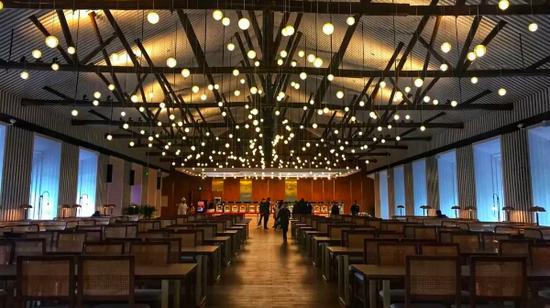 浙江大学玉泉校区第二食堂内景。 浙大供图