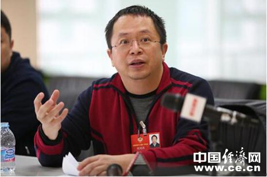 全国政协委员、360集团董事长兼CEO周鸿祎 经济日报-中国经济网记者马常艳摄