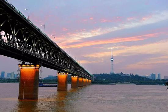 500万以上人口城市:武汉