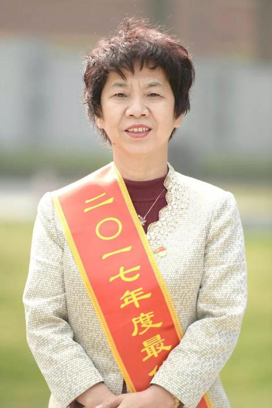 李丹芳市总工会党组书记、副主席