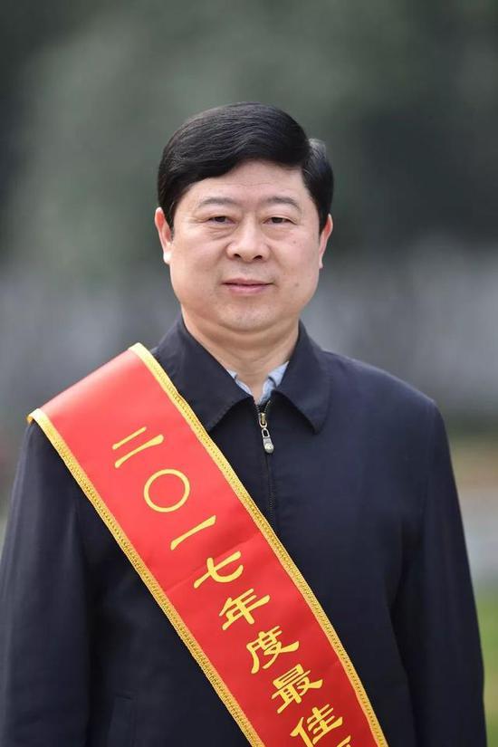 王炜江岸区委书记