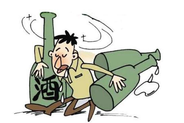 """武汉三人醉酒袭警被刑拘 醒后称""""断片了"""""""