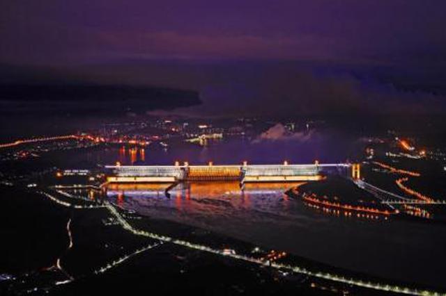 """春节湖北旅游市场持续升温 温泉滑雪""""唱""""主角"""