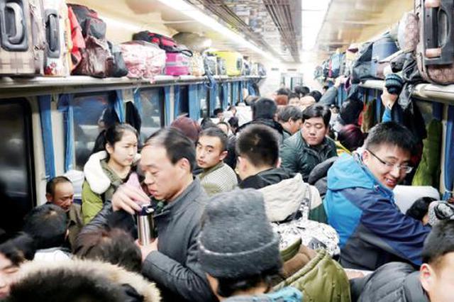 铁路客流持续回升 初三预计发送旅客902万人次