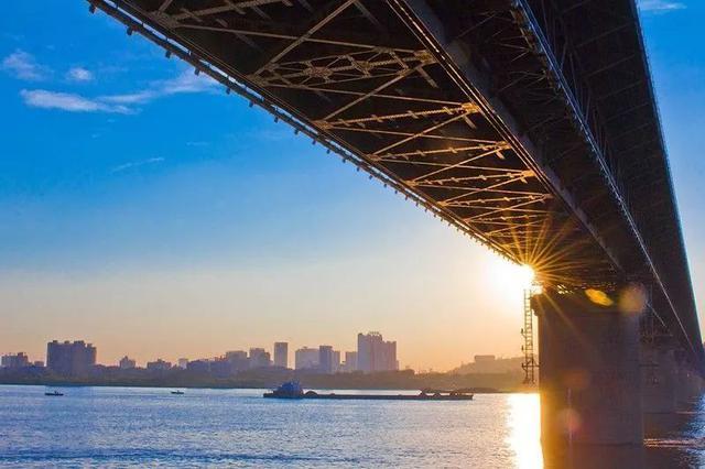 定了!2030年武汉全面建成长江中游航运中心