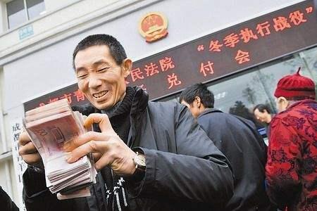 襄阳通报61起农民工欠薪隐患 提前介入确保足额发放