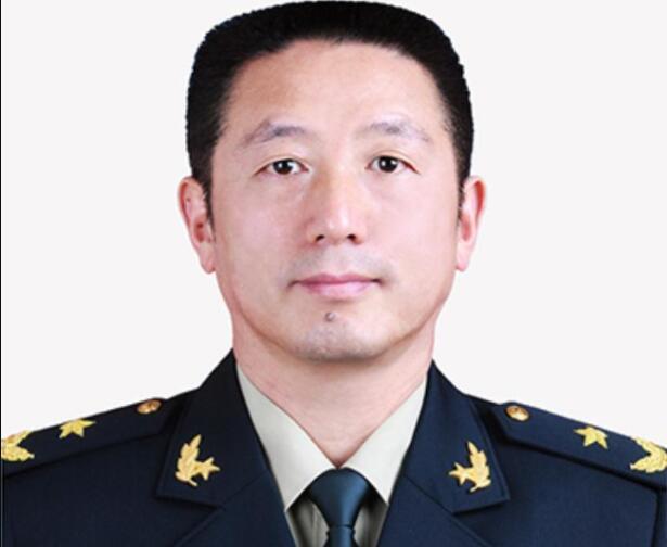 李军少将接任火箭军参谋长 系湖北公安人(图)