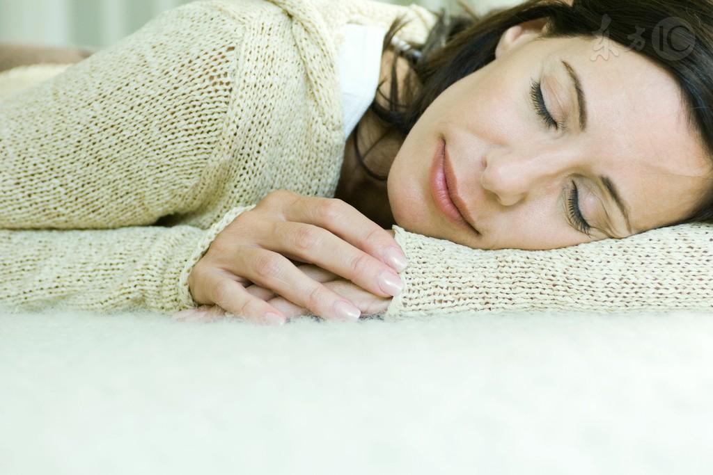 早春气温不稳定 女性受寒易痛经