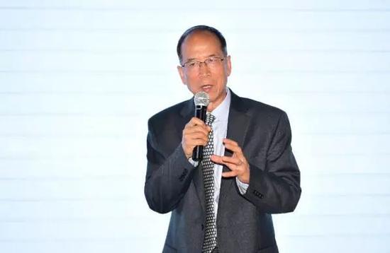 上海财经大学公共经济与管理学院前院长