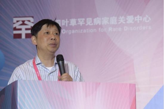 吕晖,博士,上海交大生物信息与生物统计系特聘教授/ 系主任