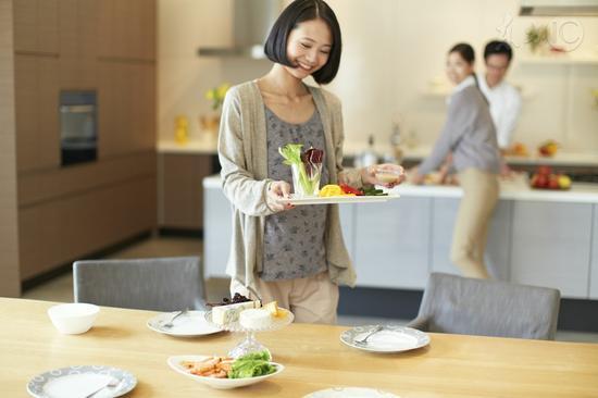 吃饭快比吃得油更易胖