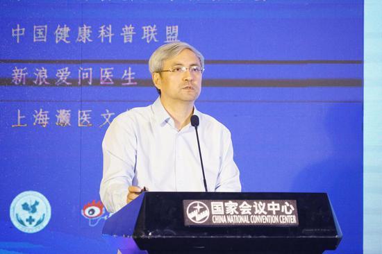 中国医师协会医学科普分会会长郭树彬