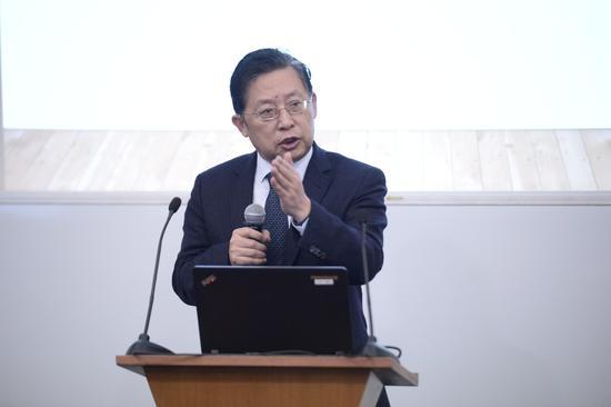 南京中医药大学国际经方学院院长、教授,黄煌教授
