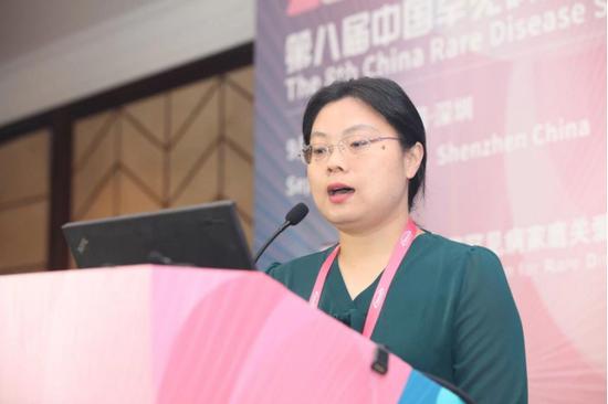 龚时薇,华中科技大学同济医学院药学院药事管理学副教授
