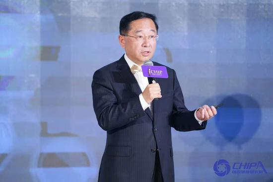 蔡江南上海创奇健康发展研究院创始人和执行理事长