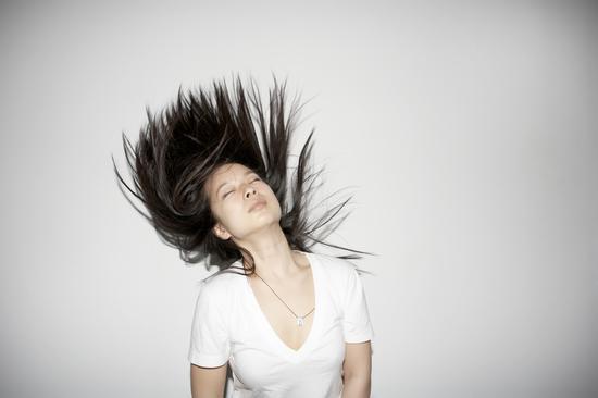 頭髮變白八個原因 你是哪個|白髮|神經衰弱|失眠