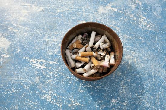 吸烟伤血管十年难修复