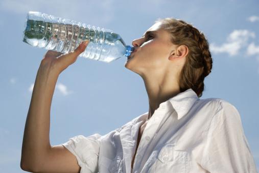 喝1种水易致肝癌