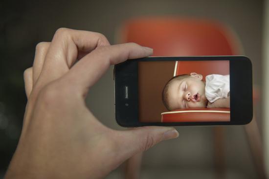 给宝宝拍照要当心