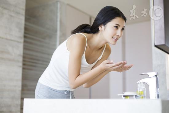用淘米水洗臉能美容|淘米水|洗臉|美容